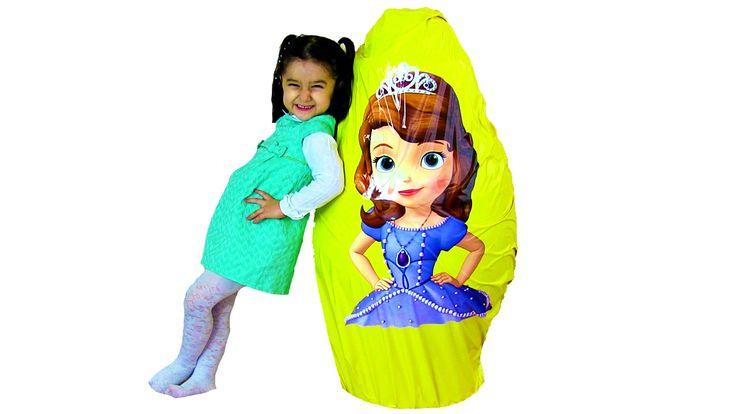 Prenses Sofia KOCAMAN Dev Sürpriz Yumurta Açma Barbie Oyuncakları Oyun H...
