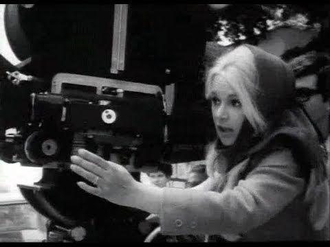 Σπάνιο βίντεο από τα γυρίσματα της ταινίας «Η δασκάλα με τα ξανθά μαλλιά».