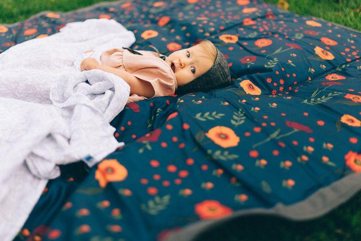 Midnight Poppy Outdoor Blanket #littleunicorn