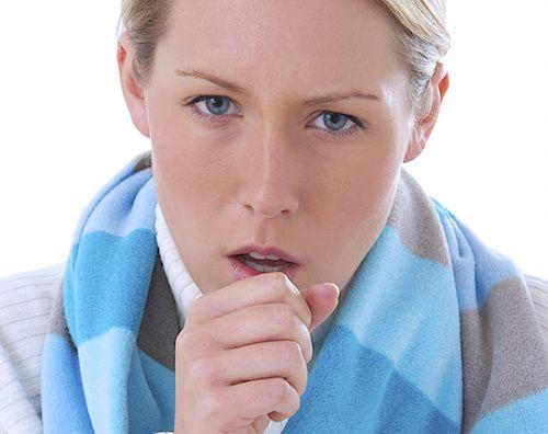 Toux : 4 solutions naturelles pour calmer la toux.