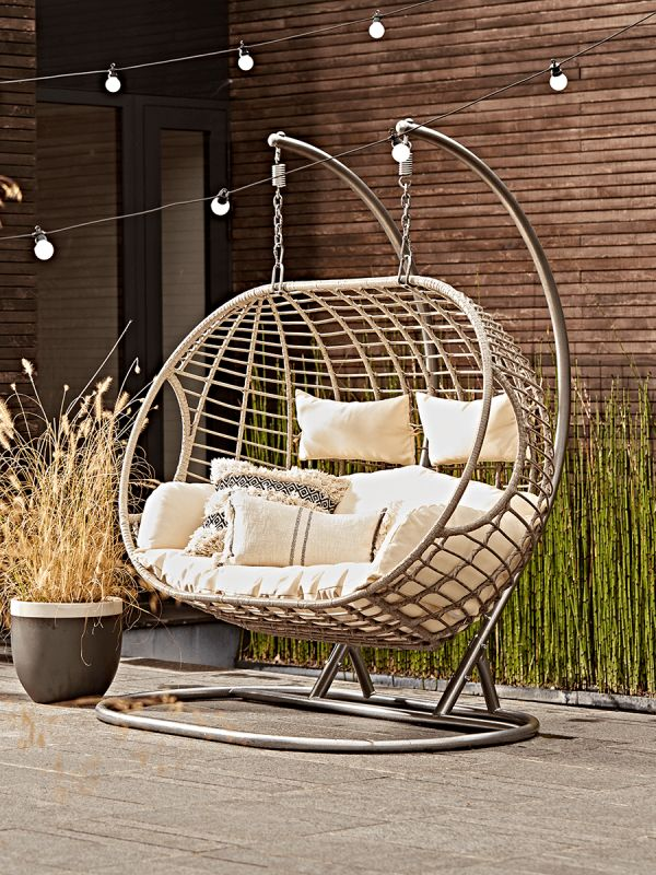 Double Indoor Outdoor Hanging Chair in 2020 Outdoor