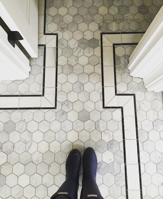 Tiffany McKinzie @tiffanymckinzie Dirty job site bu...Instagram photo | Websta (Webstagram)