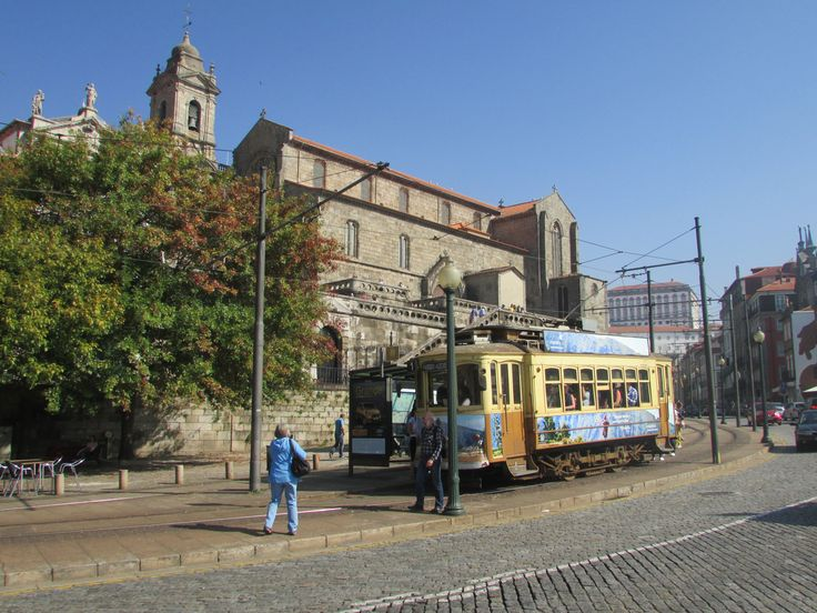 Tourist tram that runs along the River Douro and through the historic centre - there are three lines to choose from #cathytravelling