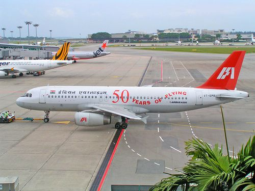 Indian Airlines Airbus A320 at Singapore Airport