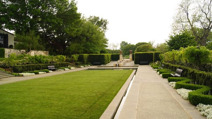 Dallas Arboretum & Botanical Gardens - Dallas, Texas on RueBaRue