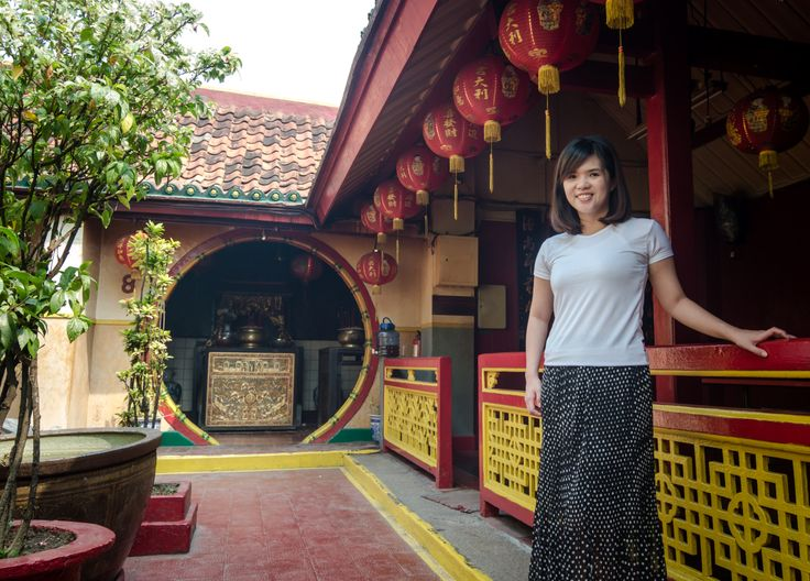 Beginning of this month June, I traveled to Tangerang, a city outside of Jakarta, and visited the China Town with my Instagram boyfriend. There I learned the history about Chinese-descendant in Ind…
