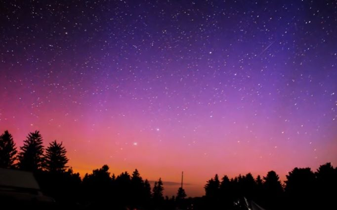 The best time to view the Northern Lights, which are often difficult to predict, is from September through March. Parts of Pennsylvania <i>may</i> be able to view the Northern Lights on July 16 and 17, 2017.
