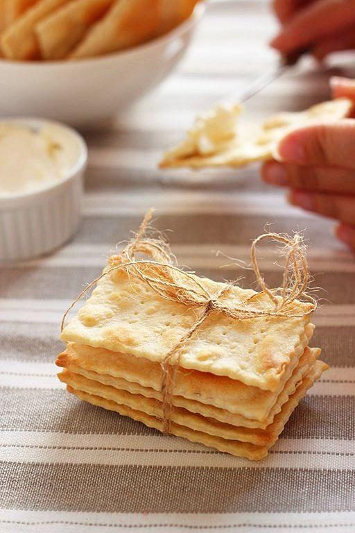 MIEL & RICOTTA: Crackers sfogliati