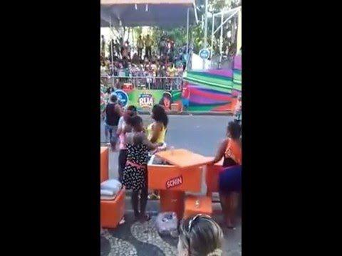 AMBULANTE SCHIN - ENGARRAFANDO ÁGUA (Carnaval Salvador 2016)