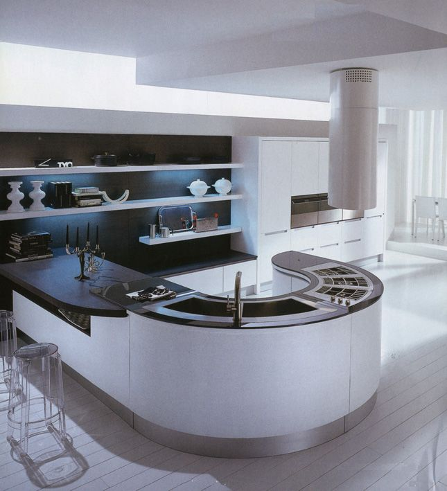 amazing cuisine circulaire de la marque pedini with cuisine futuriste. Black Bedroom Furniture Sets. Home Design Ideas