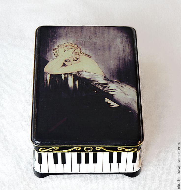 """Купить Дамская шкатулка """"Вальсирующие мечты"""" - черный, белый, девушка, рояль, мечты, шкатулка, Декупаж"""
