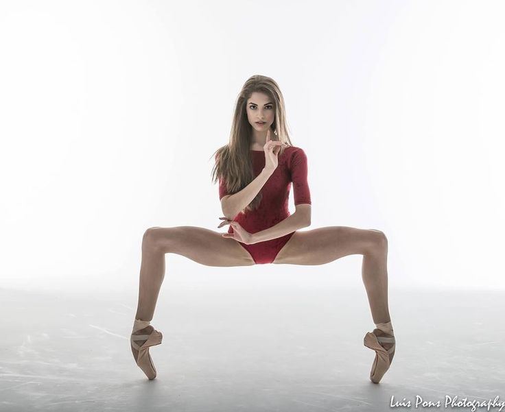 Back On Pointe: Photo