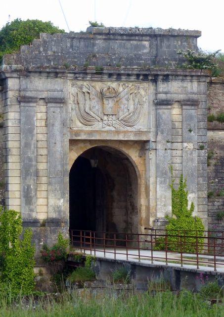 La Porte Royale de la citadelle du Château d'Oléron en Vendée France