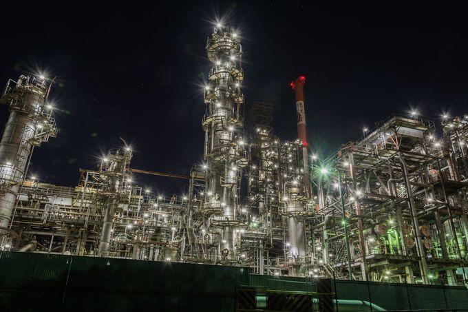 まるでSFの世界!工場マニア悶絶の「行ける工場夜景展」浅草橋で開催 | RETRIP