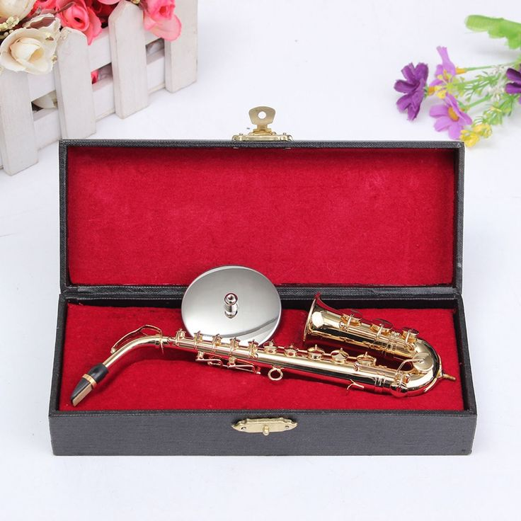 Find More Saxophone Information about 1/6 Golden Small Saxophone Copper+Metal Alto Sax Saxophone Mini Portable Saxophone Musical Instrument With Sax Leather Case,High Quality saxophone manufacturer,China saxophone alto Suppliers, Cheap saxophone brass instrument from guangze tang's store on Aliexpress.com