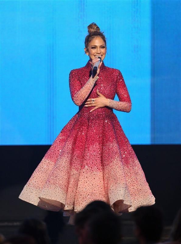 Jennifer Lopez's sexiest AMA outfits