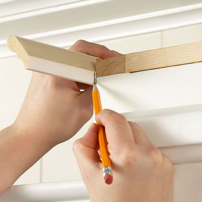installing crown moulding on cabinets