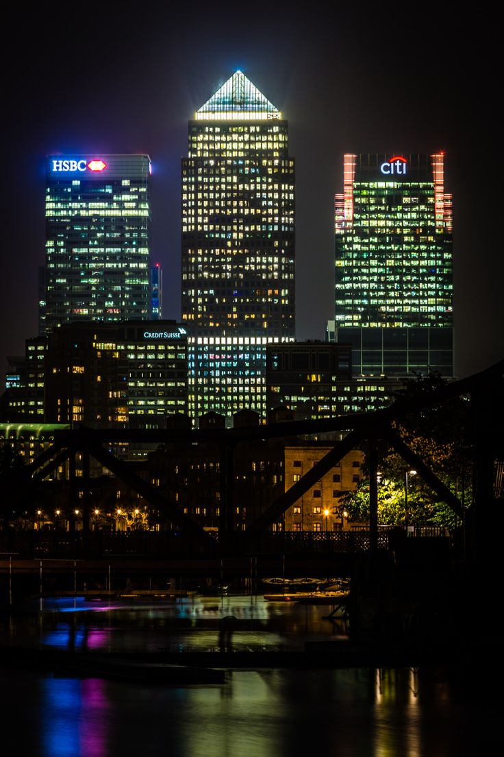 "breathtakingdestinations: "" Canary Wharf - London - England (by Davide D'Amico) """