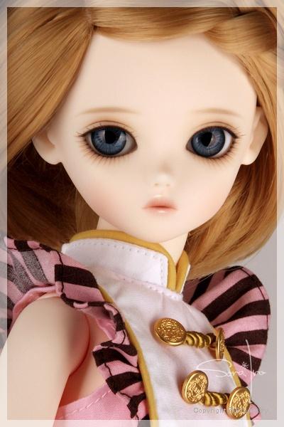 Sora Iro Bluefairy Chocolate Olive.  (misty rose skin)