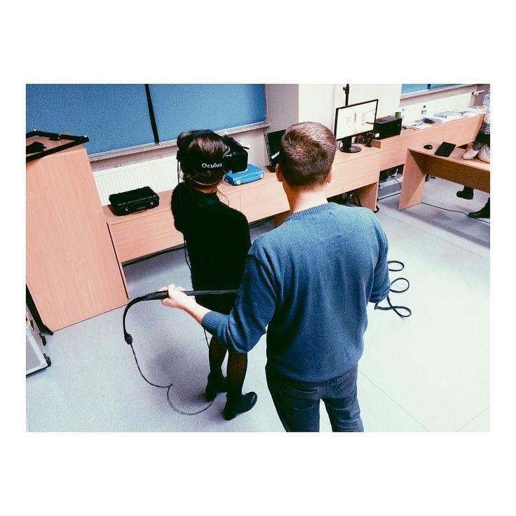 An awesome Virtual Reality pic! Wirtualna Rzeczywistość z Neuro Device! #brainawarenessweek #brainday #dzienmozgu #virtualreality #vrglasses #virtualworld #fundacjamozg #swsp #neurodevice @fundacjamozg @uniwersytet_swps by fundacjamozg check us out: http://bit.ly/1KyLetq