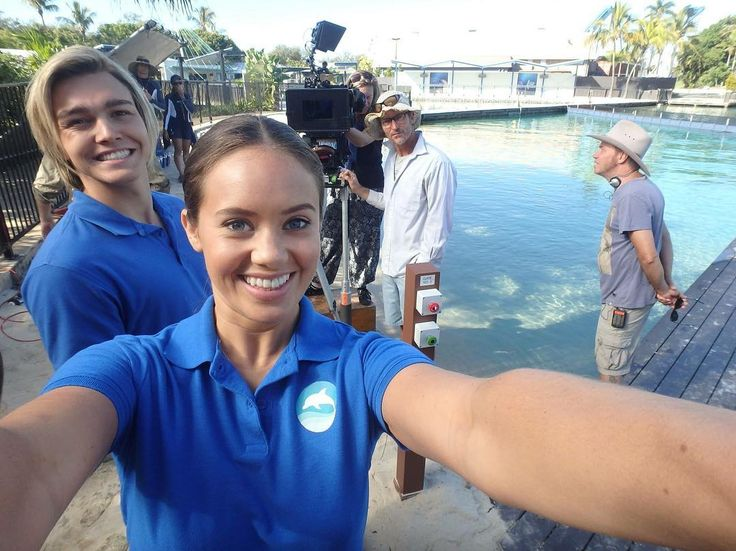 Mako Mermaids - Season 3 behind the scenes with Allie, Mikey and camera crew.