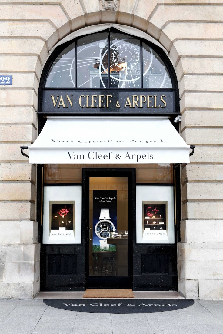 Van Cleef & Arpels, Place Vendome, Paris