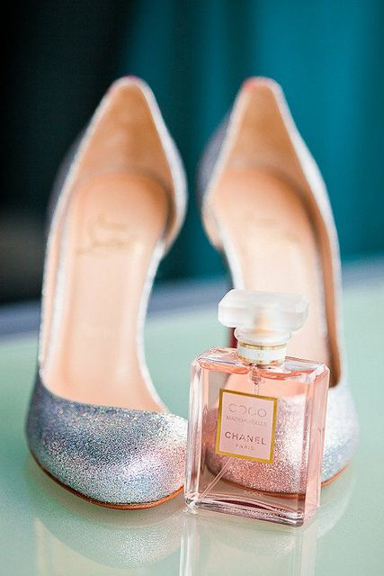 coco chanel: Coco Mademoisel, Louboutin, Coco Chanel, Style, Fashion Photos, Perfume, Cat Shoes, Photos Shared, Chanel Mademoisel
