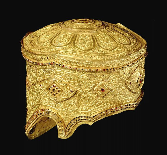 The Kingdom of Siam: The Art of Central Thailand6. Crown Ayutthaya, Thailand approx. 1424 Gold and rubies and pearls H: 19 cm; W: 21.6 cm Philadelphia Museum of Art