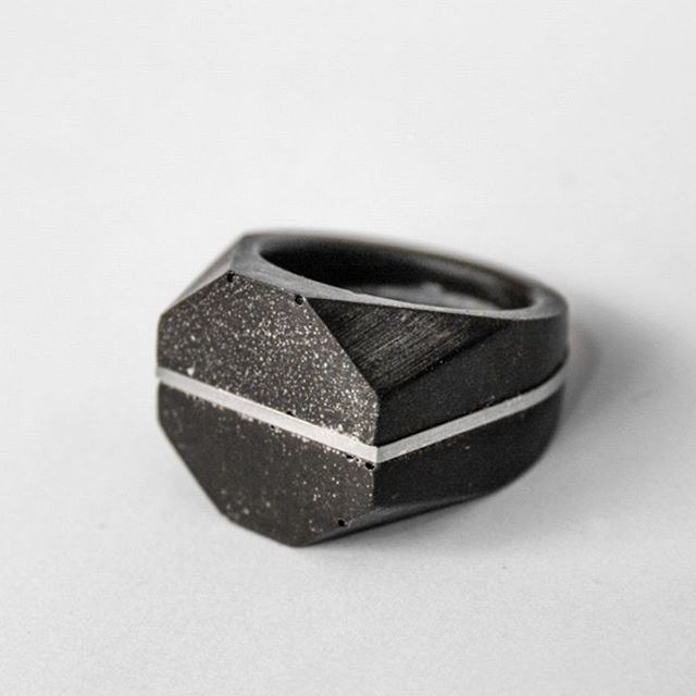Ring 5003 • SOLID COLLECTION • available in different colours on our website collafancythat.com