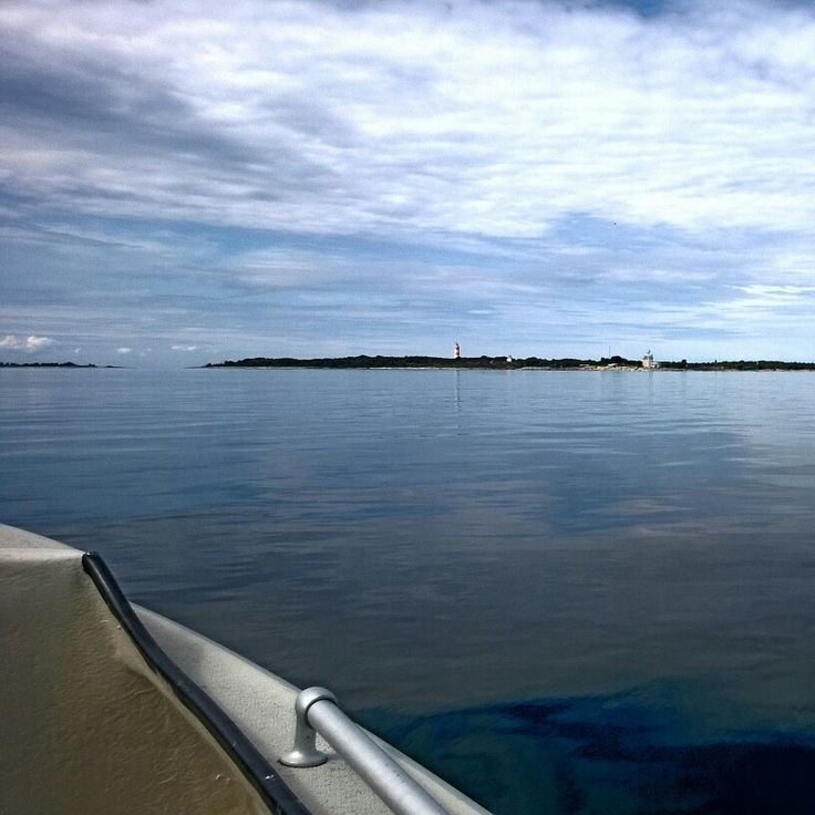 Isokari Island (60° 43,24'N, 21° 01,90'E), which belongs to the municipality of Kustavi, is located in the Southern Bothnian Sea, approximately 22 km south-west from Uusikaupunki. Travel to the island lasted just over half an hour with high-speed boat. We came back with a two-masted brigantine vessel, so the journey took more than two hours. And the ride was cold, but beautiful. Isokari, Finland