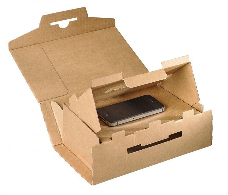 Специалисты из швейцарской компании Model AG сразработали конструкцию универсальной картонной коробки для доставки (возврата клиентам) почтой отремонтированных смартфонов в которой не требуется дополнительного прокладочного материала. Упаковка собирается из одного куска гофрокартона. Специальное расположение разрезов и сгибов приводит к эффекту батута, что придает материалу впечатляющую гибкость и эластичность. Верхний отсек предназначен для смартфона, он может быть любого размера, а нижняя…