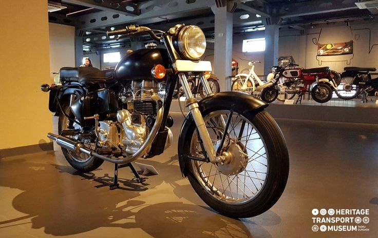 Here's a 1988 Royal Enfield Bike displayed at the two wheeler section of the museum! 🏍  #RoyalEnfield #motocycle #motorbike #bike #explore #vintage #vintagecollection #heritagetransportmuseum #heritage #transport #museum