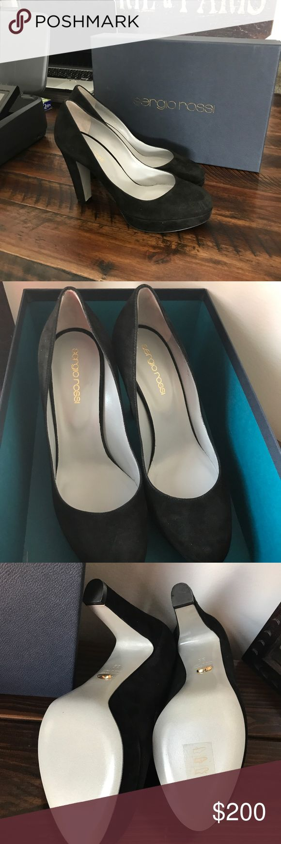 🌺Sergio Rossi pumps🌺 Beautiful suede 31/4 covered heel Sergio Rossi Shoes