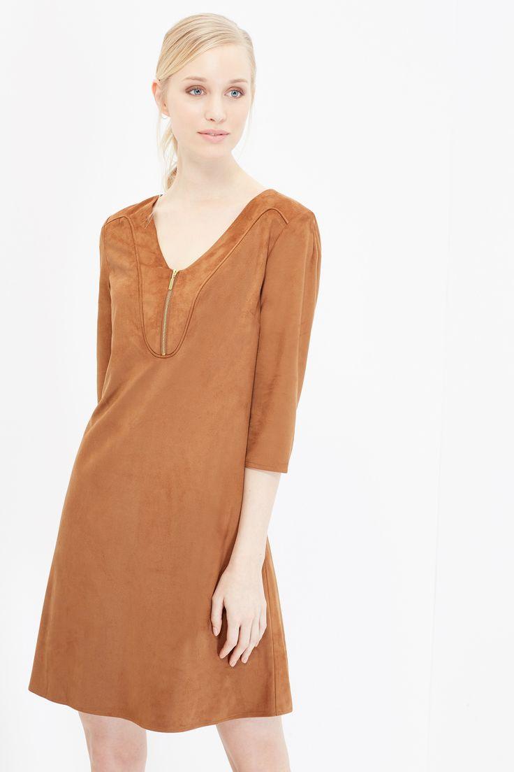 Vestido túnica de antelina. Escote redondo con cremallera y detalle viveado. | Vestidos | Cortefiel