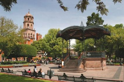 113 best images about ciudad de quer taro on pinterest for Jardin zenea queretaro