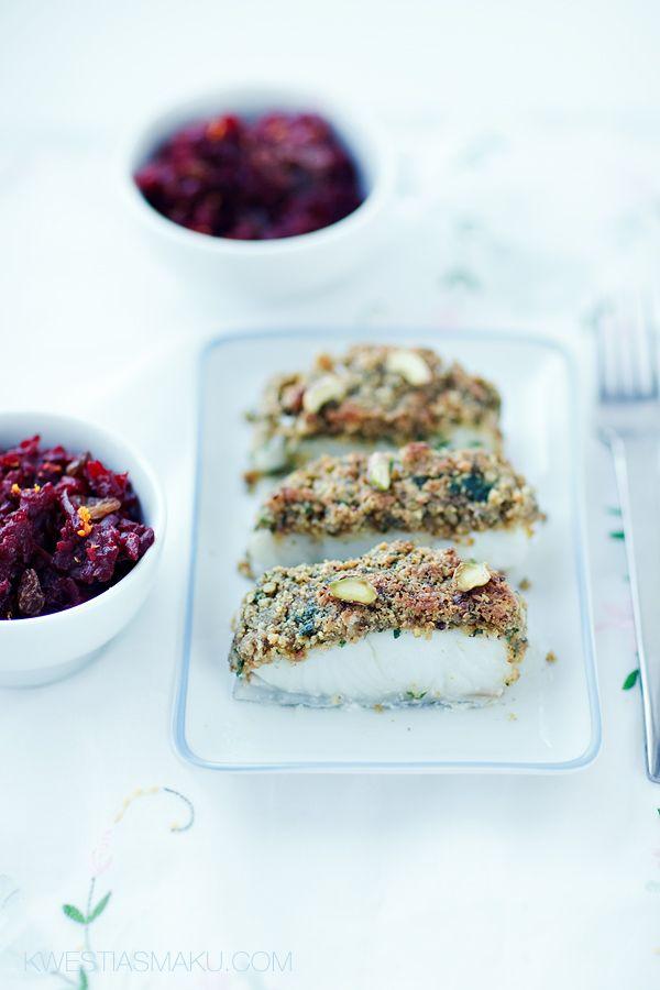 Ryba z pistacjowym Chrustem  { Halibut baked with crunchy Pistachio crust, Bread-crumbs, Parsley }