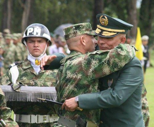 General Mario Augusto Valencia Valencia asumió el mando de la Tercera División del Ejército. #ProclamadelCauca http://www.proclamadelcauca.com/2014/03/general-mario-augusto-valencia-valencia-asumio-el-mando-de-la-tercera-division-del-ejercito.html @ejercitodiv3