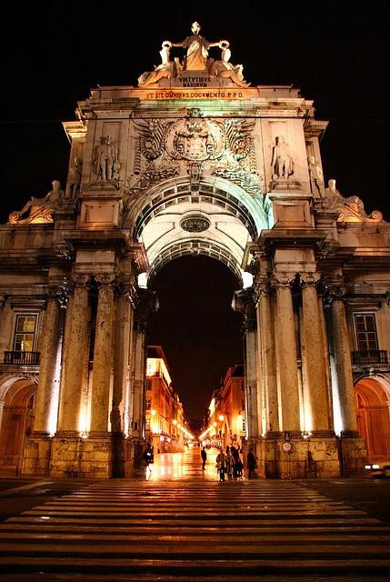 Praca do Comercio , Lisbon , Portugal. via flickr