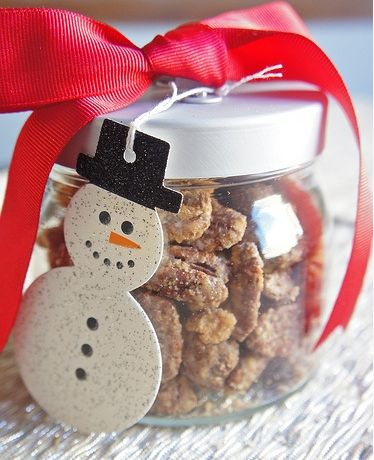 Christmas Gifts in a Jar - Nuts for your Friends - Click pic for 25 DIY Christmas Gifts
