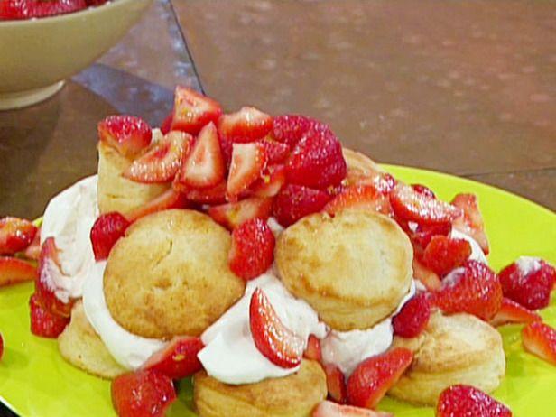 Very Strawberry Shortcake. Yummy fairly healthy dessert, apart from the cream!  #recipe