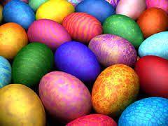 El huevo de Pascua es una tradición gastronómica de la fiesta de Pascua.  Actualmente, los huevos de chocolate, y los huevos de plástico rellenos de dulces, los esconde  el Conejo de Pascua para que los niños los busquen