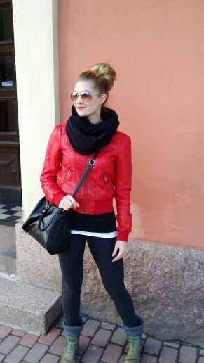 Love that hot red jacket! Spring season..