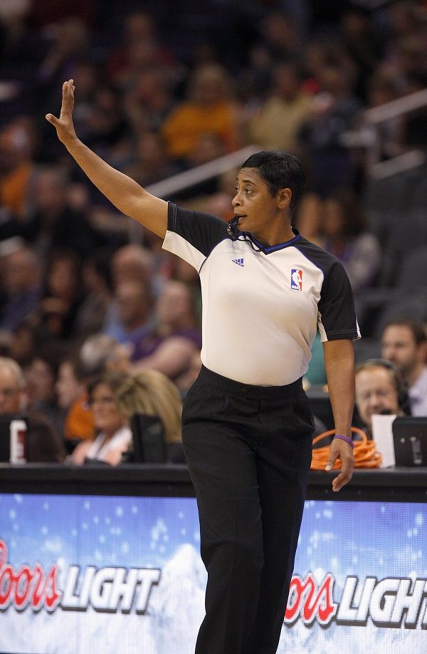 Women S History Month Celebrating Nba S First Female Referee Violet Palmer Los Angeles Sentinel Women S History Women In History Womens History Month
