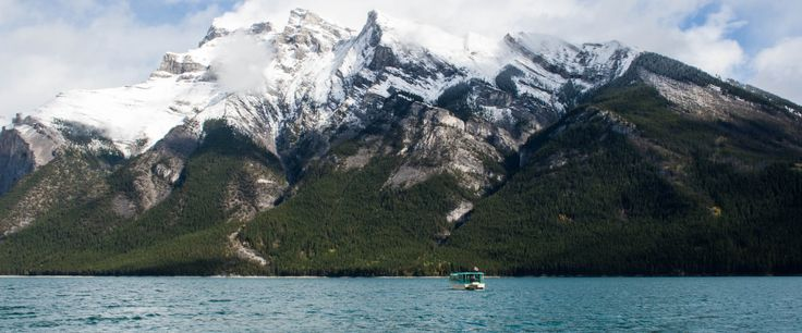 With the summer hiring season coming up soon, many people will be heading out to find seasonal employment destinations. Well, look no further:mountain dreams can come true in Banff National Park.
