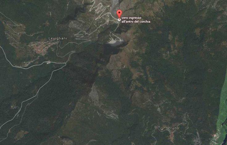 Antro Del Corchia entrance in relation to Pruno #MIRRORMAGIC #MISSINGMAGIC