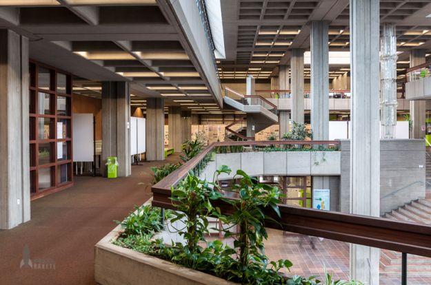 Bibliothek der Universität Regensburg, gefunden bei pixelrakete - Passion for Photography | pixelrakete.de