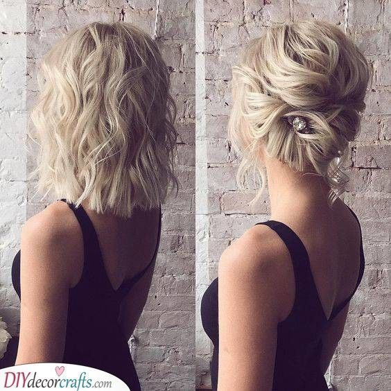 Eine einfache Wendung - Hochzeitsfrisuren für mittellanges Haar