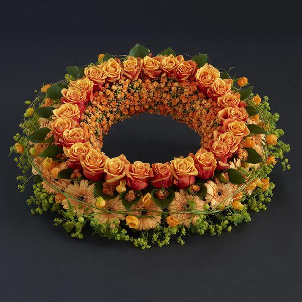 Krans fra Interflora. Om denne nettbutikken: http://nettbutikknytt.no/interflora-no/