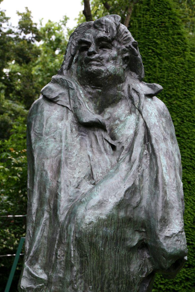 Auguste Rodin - Balzac sculpture