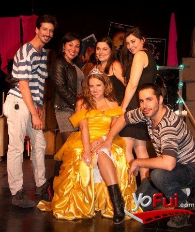 YoFui.com: Equipo Ocus Maldito Disney en Estreno de Maldito Disney, Sala La Troupe, Santiago (Chile) Alejandra Espinosa Gerente Comercial Ocus